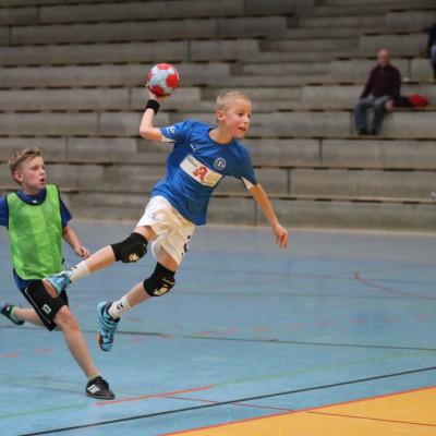 Leon - TSV - SV Waldhof 10.12.2016 155